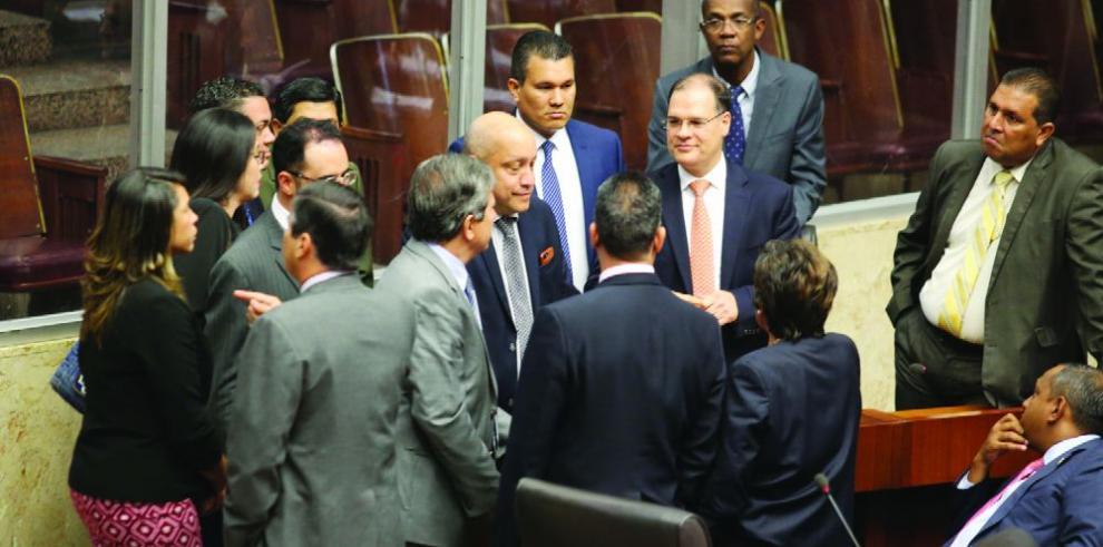 González sugiere a bancada CD y PRD no ratificar a magistrados