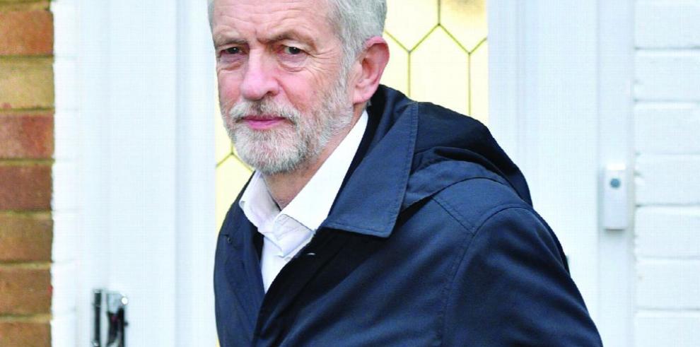 Laboristas continuarán con el 'brexit', de ganar elecciones anticipadas