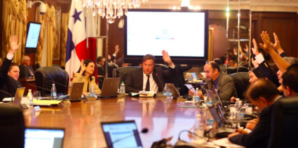 Consejo de Gabinete aprobó operatividad de Bahía las Minas