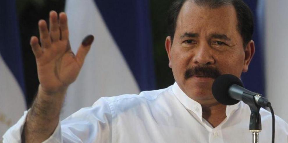 Ortega dice la mayoría lo respalda y actuará con firmeza frente a revueltas