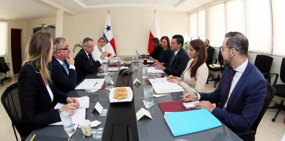 Panamá será clave para el comercio de Polonia en la región