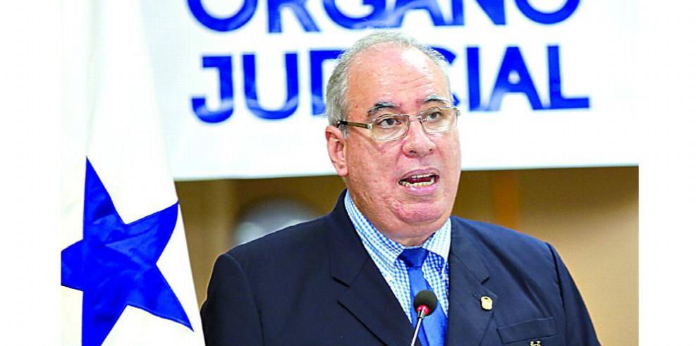 El puesto de cuatro magistrados de la Corte a cargo de los suplentes