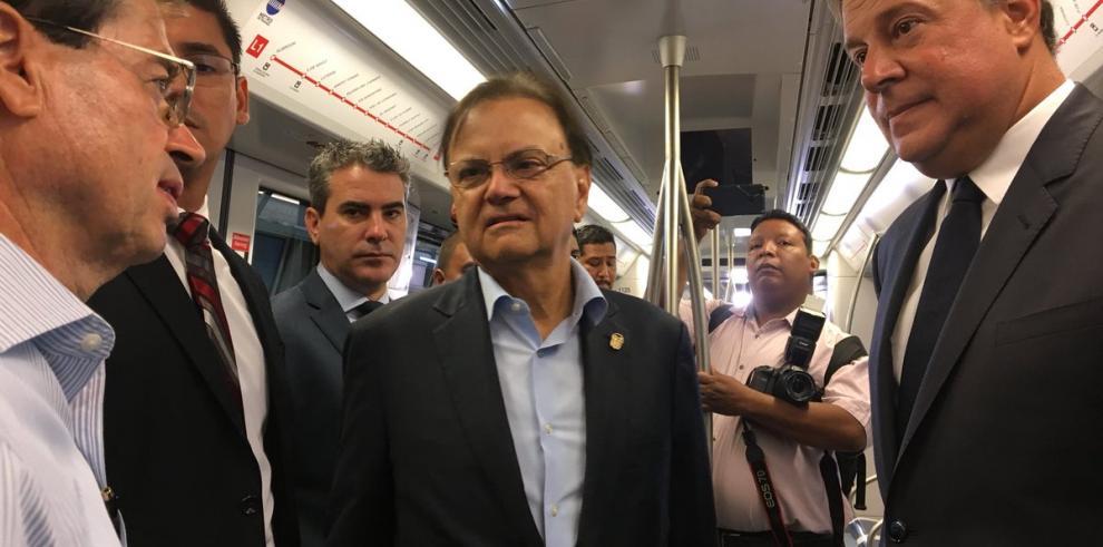 Metro pone en marcha tren de cinco vagones