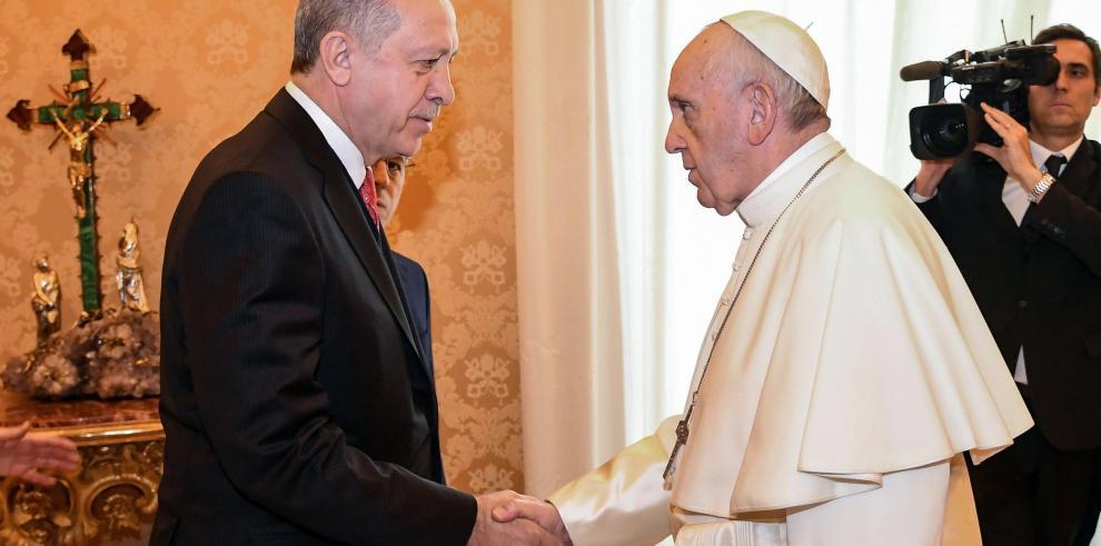 El papa y Erdogan se reunieron en el Vaticano durante 50 minutos