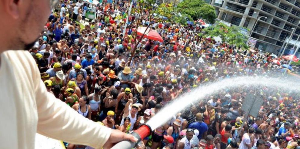 Cincuenta ríos autorizados para extraer agua en carnavales