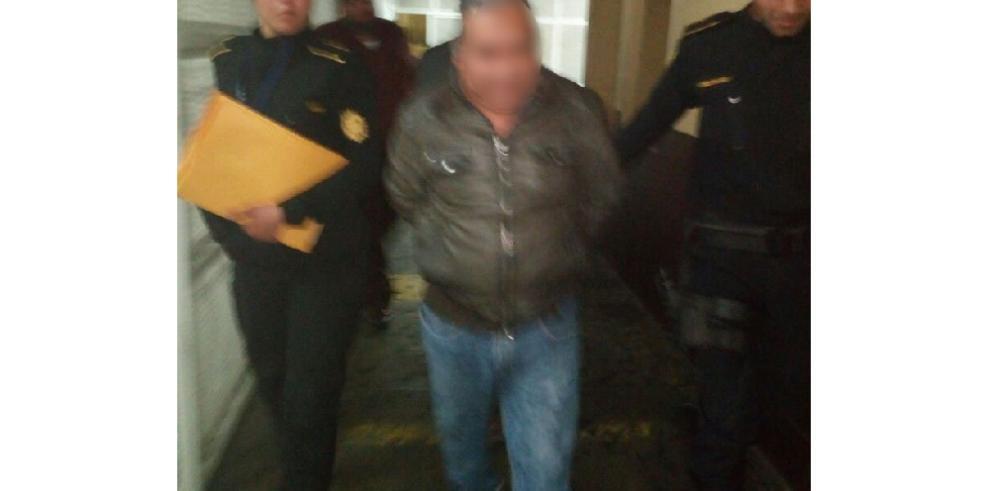 Detenido líder indígena guatemalteco con $15 mil cuando iba a Panamá