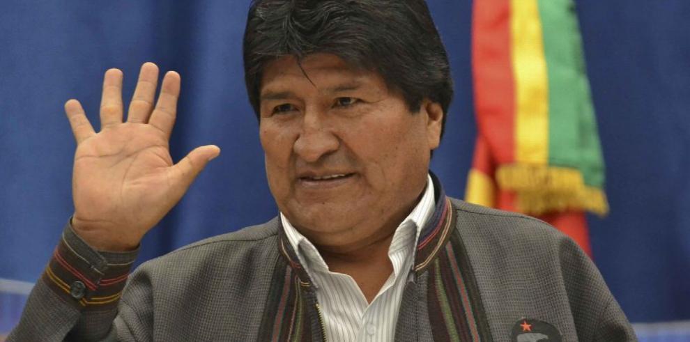Morales advierte de la 'guerra digital'