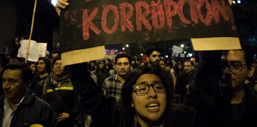 Keiko Fujimori dice estar 'desconcertada' con los plazos de Justicia en Perú
