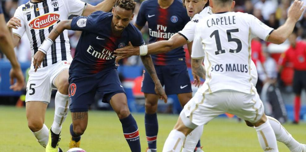 Neymar lo dice: 'no me voy del PSG'
