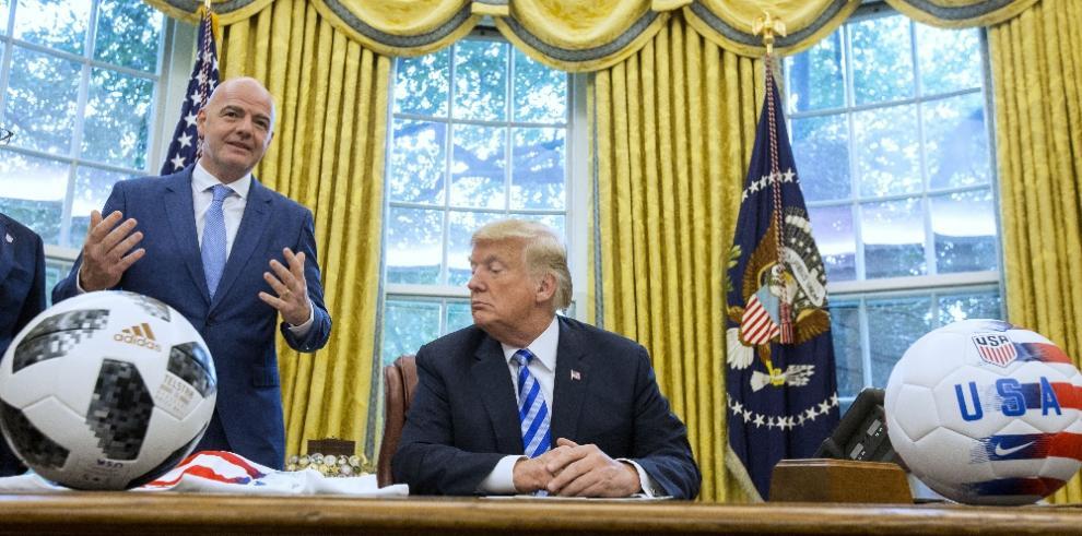 Infantino se reúne con Trump para hablar del Mundial 2026