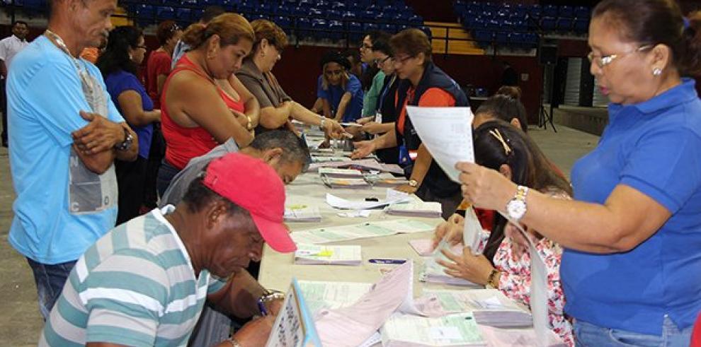MEF entregará Cepaden a viudos en la Universidad de Panamá