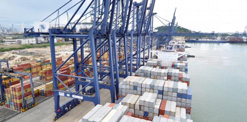 Movimiento portuario a febrero cae 6.8%