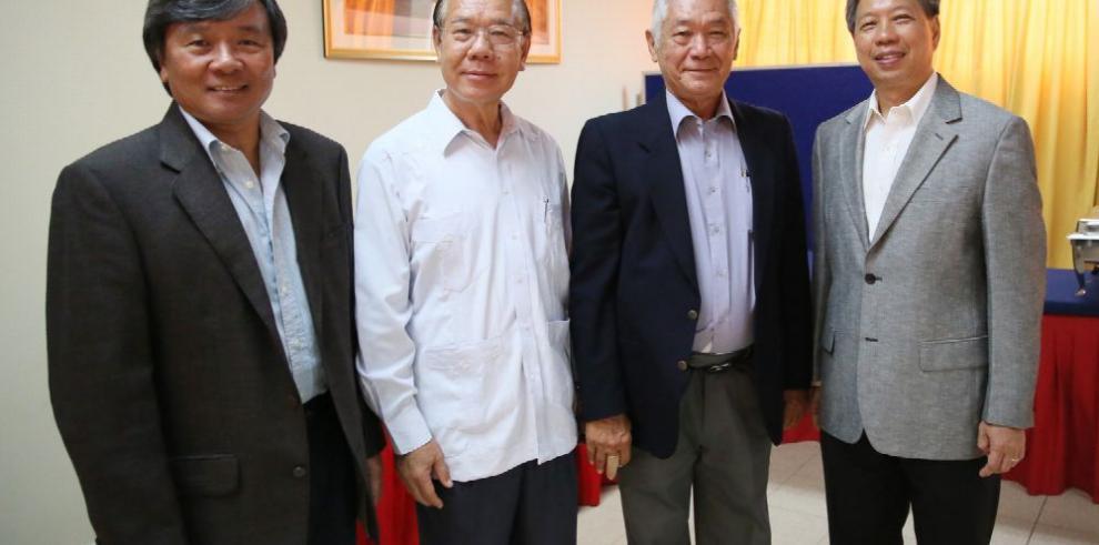 La etnia china conmemoró su día