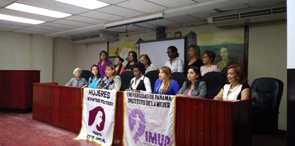 Mujeres exigen la derogación de modificaciones hechas por el TE