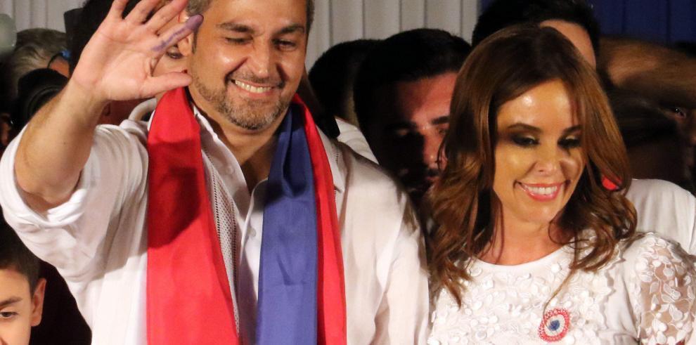 Nuevo presidente Abdo Benítez promete un Paraguay sin divisiones