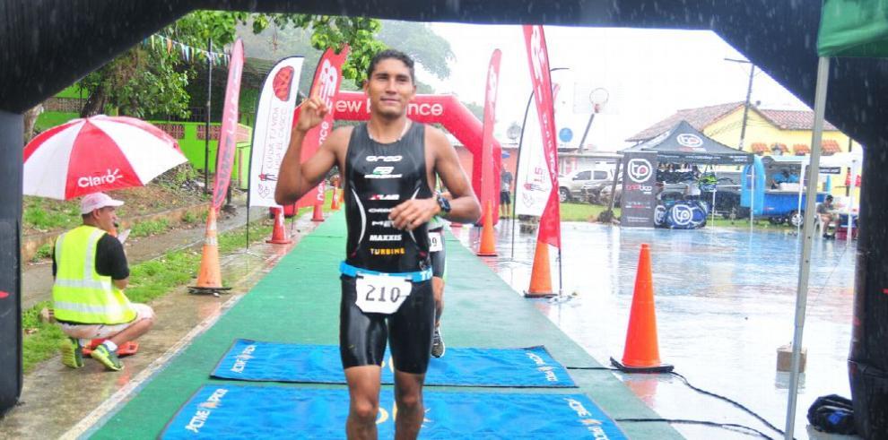 Gran emoción en el triatlón de Portobelo