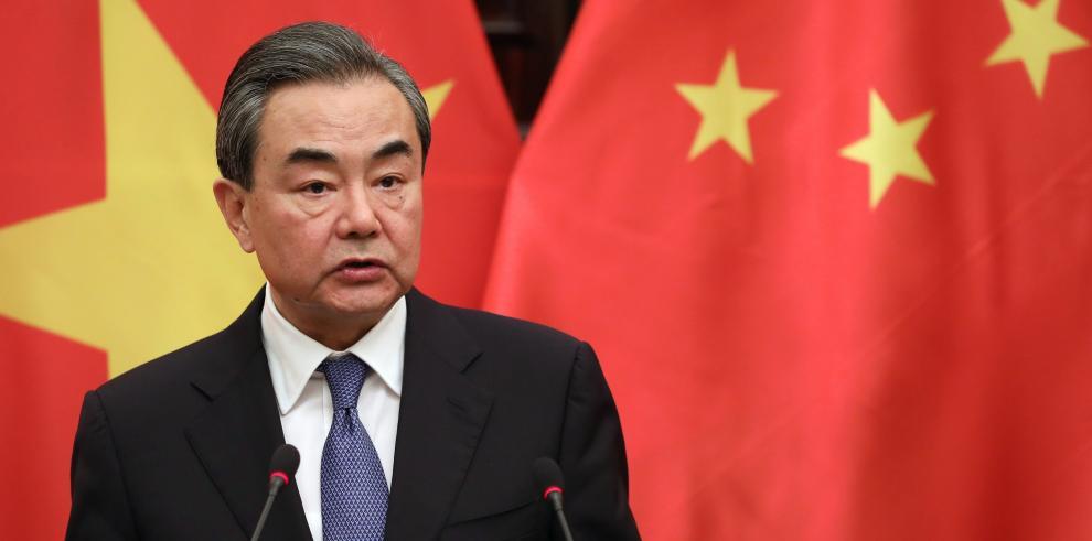 China impone aranceles a 128 productos importados de EEUU