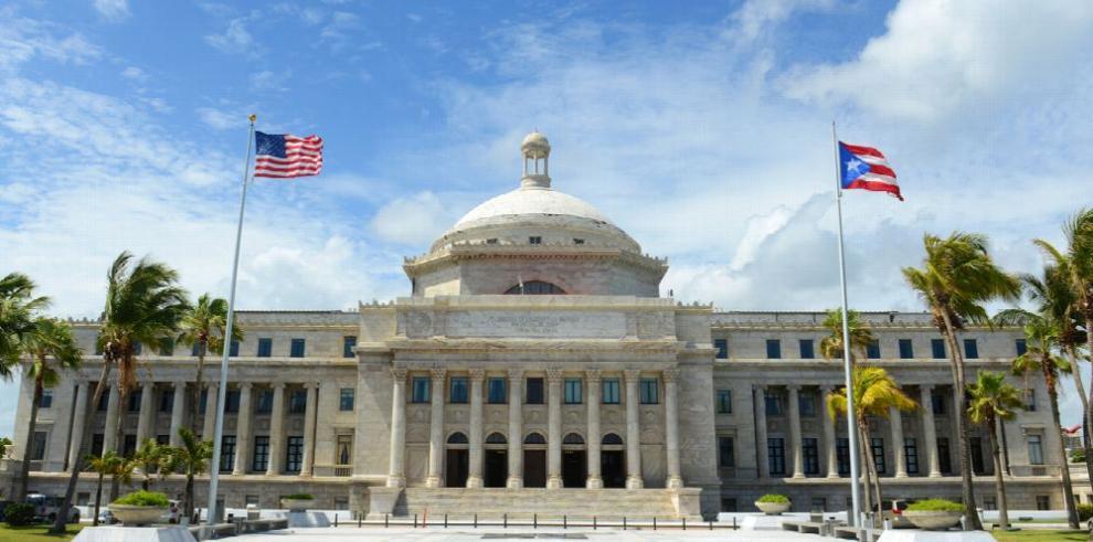 Parlamento de Puerto Rico pide anexión plena a los EE.UU.