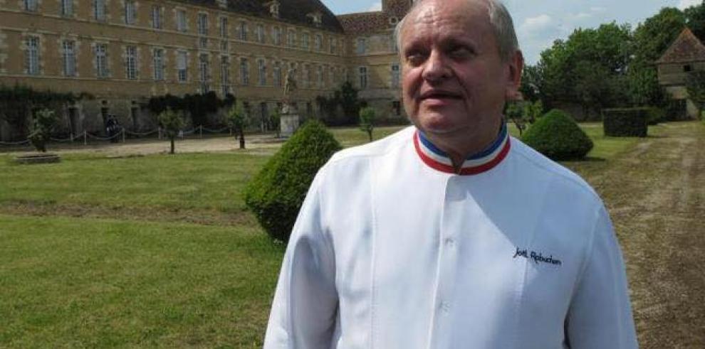 Fallece el chef francés Robuchon, número uno en estrellas Michelín