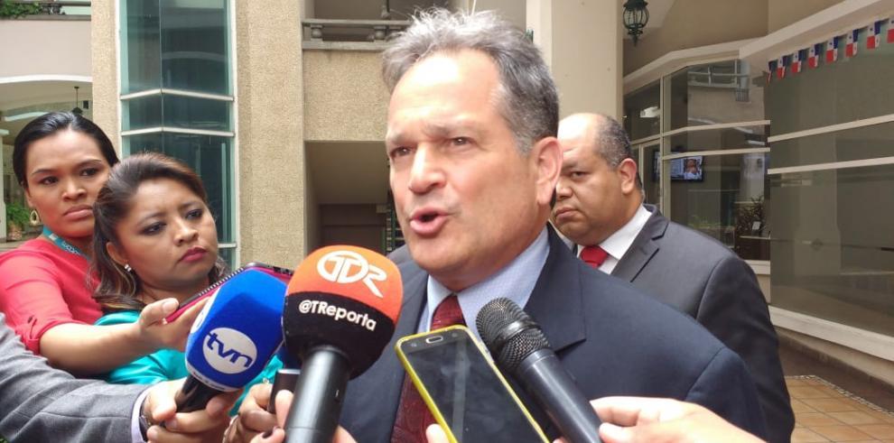'Esto es persecución sólo por ser PRD' afirmó Juan Carlos Navarro