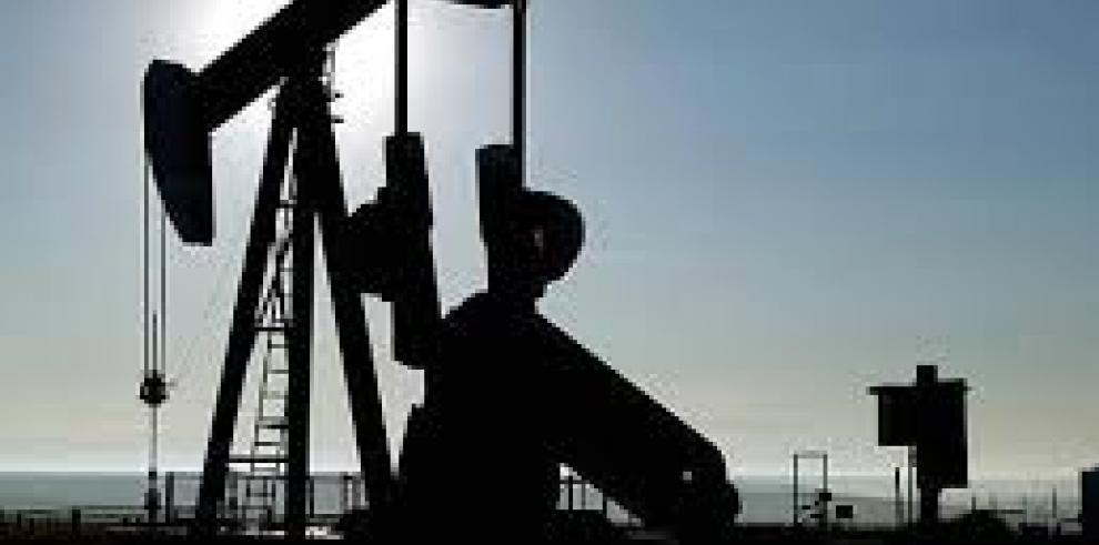 Bolivia autoriza $900 millones para gas y petróleo