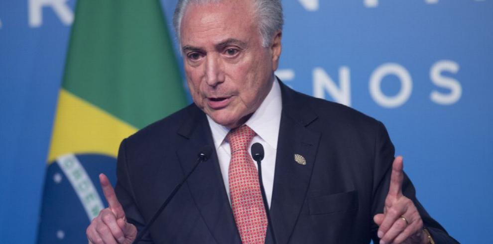 El superávit comercial brasileño aumenta un 14.7% en noviembre
