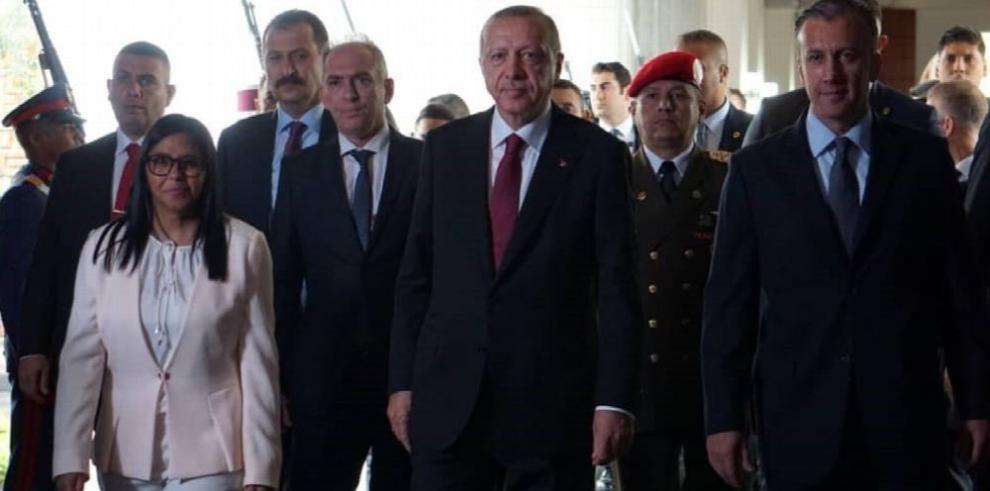 Erdogan promete dar apoyo a Venezuela