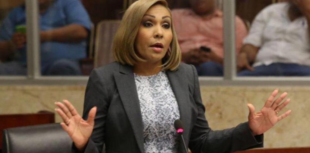 Antai abre proceso de sanción contra Yanibel Ábrego
