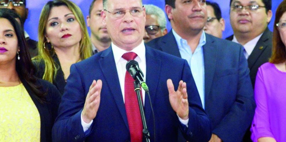 El CEN del PRD ratificaría respaldo a reelección de Ábrego