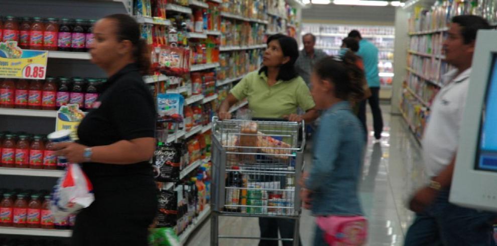 Panameños se ahorran $52 con el control de precios, dice Acodeco