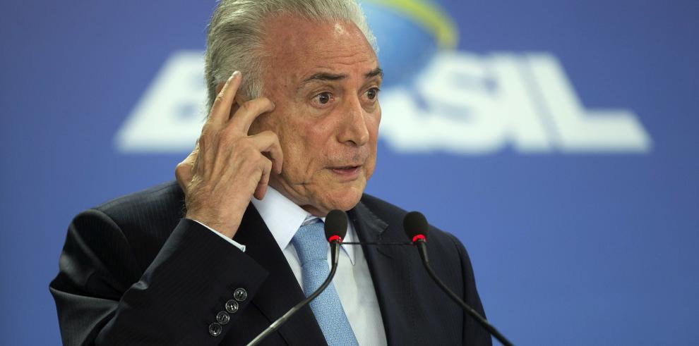 El presidente de Brasil dice que no le preocupa la impopularidad