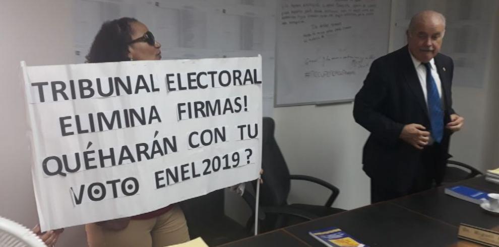 Bernal acude a la CIDH para reclamar igualdad