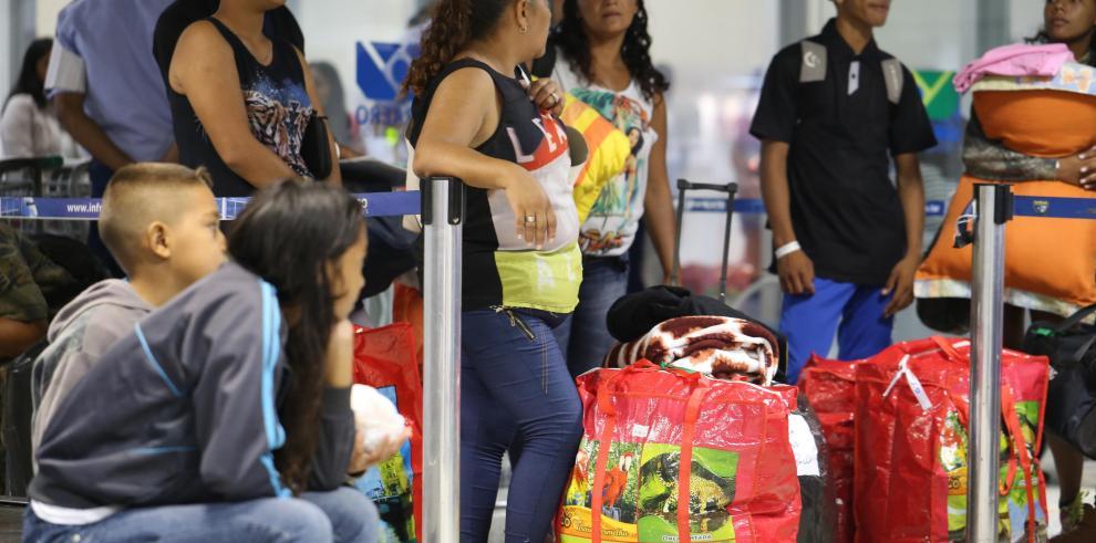 Al día 50.000 venezolanos llegan a Colombia para abastecerse por elecciones