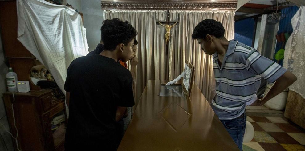 Nicaragua llora a sus muertos tras la cacería: