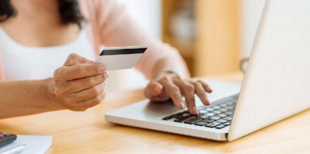 Tarjetahabientes débito también podrán comprar 'online'