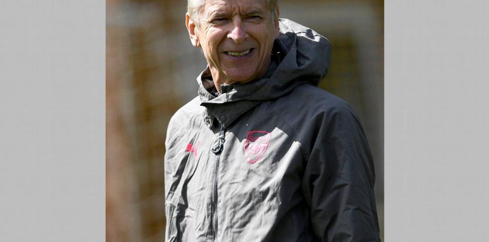 Despedida con honores para Wenger en Old Trattford