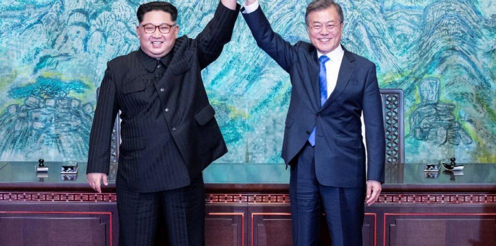 Histórico encuentro entre los líderes de las dos Coreas