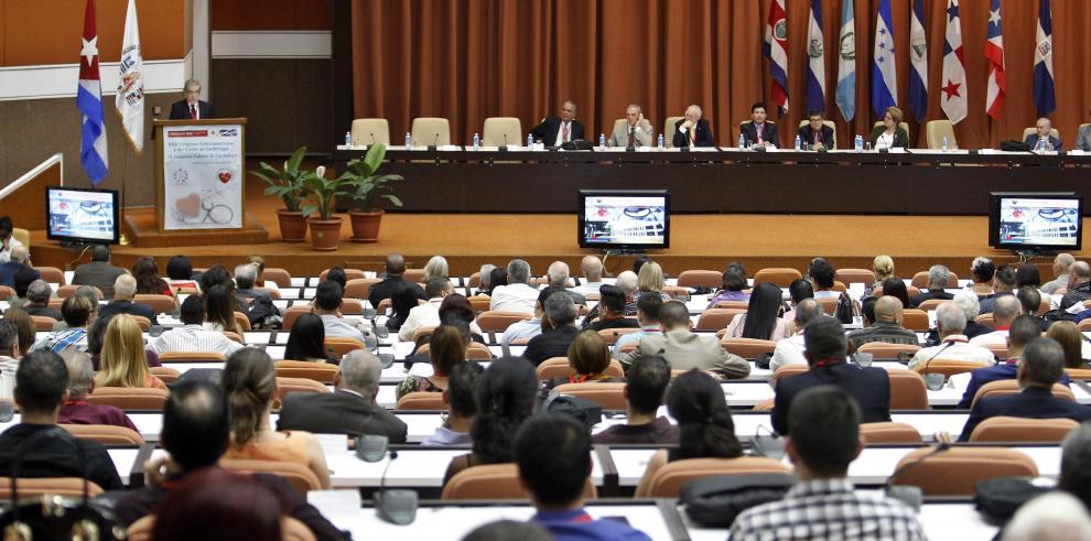 Cuba y China buscan ampliar intercambio estudiantes y profesionales de salud