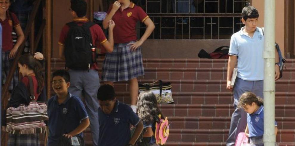 Reglamentan mecanismo para acceder al beneficio de deducción de gastos escolares