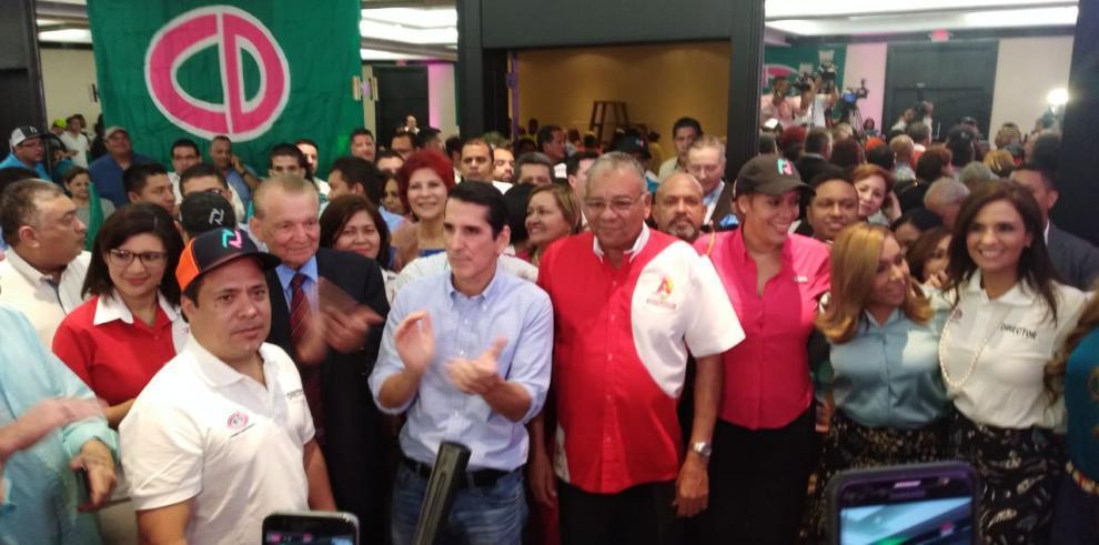 CD logra acuerdo con Alianza y descarta pacto parcial con el PRD