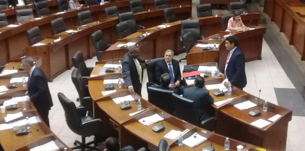 Legislativo y Ejecutivo nuevamente en polémica disputa