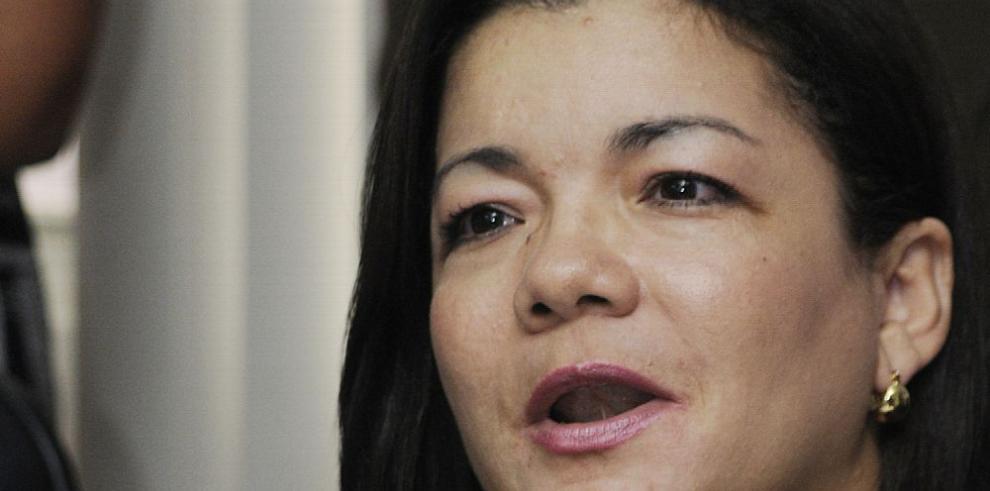 Varela incurrió en faltas éticas por pedir fondos a constructoras