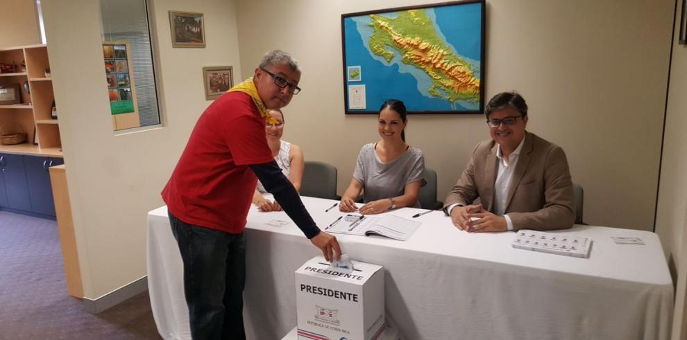 Costa Rica va a las urnas hoy para elegir nuevo presidente