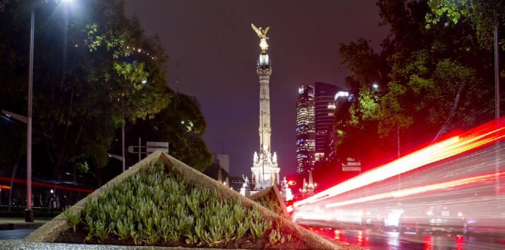 La economía mexicana modera su crecimiento