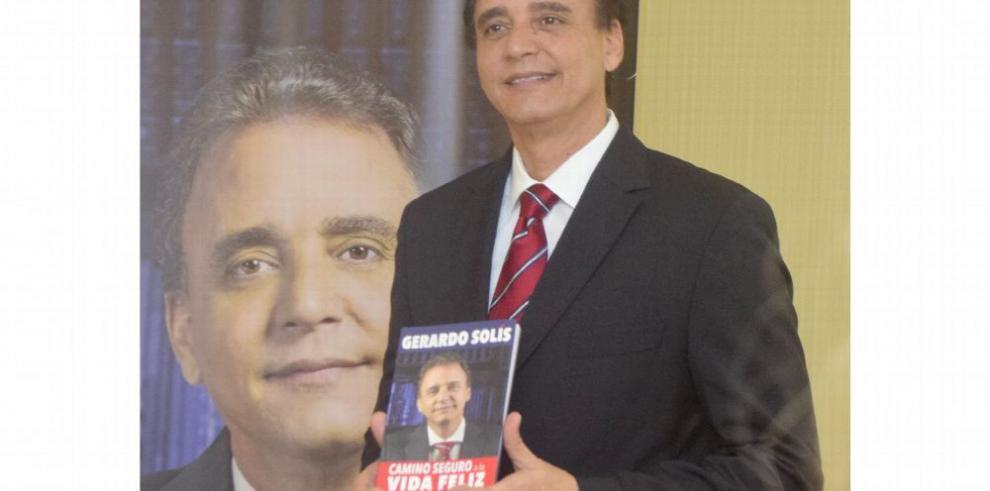 'Los presidentes en este país se creen reyes', Solís