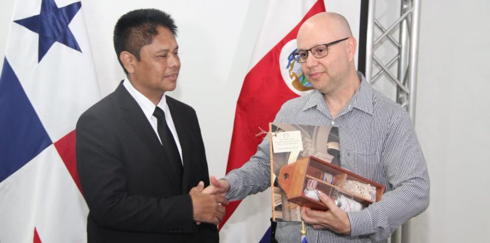 Costa Rica y Panamá acuerdan fortalecer trabajo conjunto en seguridad