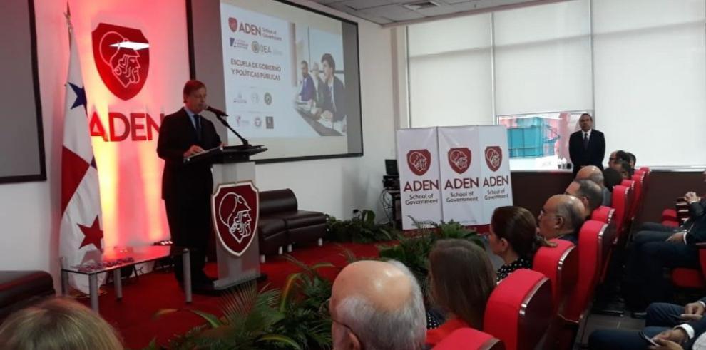 Primera Escuela de Gobierno en Panamá