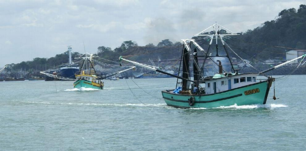Panamá luchará contra la pesca ilegal en el Atlántico Norte