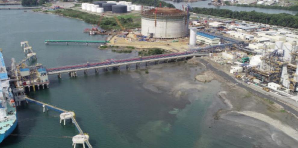 Retraso en planta de gas natural también incide en alza de la luz