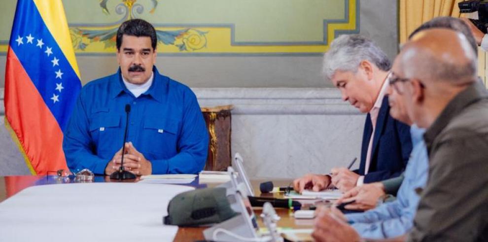 Partido gobernante en Venezuela actualiza su militancia ante presidenciales